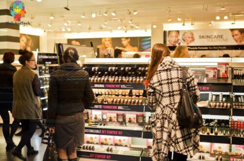 Cosmetics Shop Business in India How To Open, Profit, Investment | SkillsAndTech