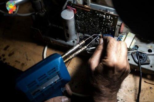 Start Electronics Repair Shop Business, Benefits, Profit, Cost, Investment | SkillsAndTech